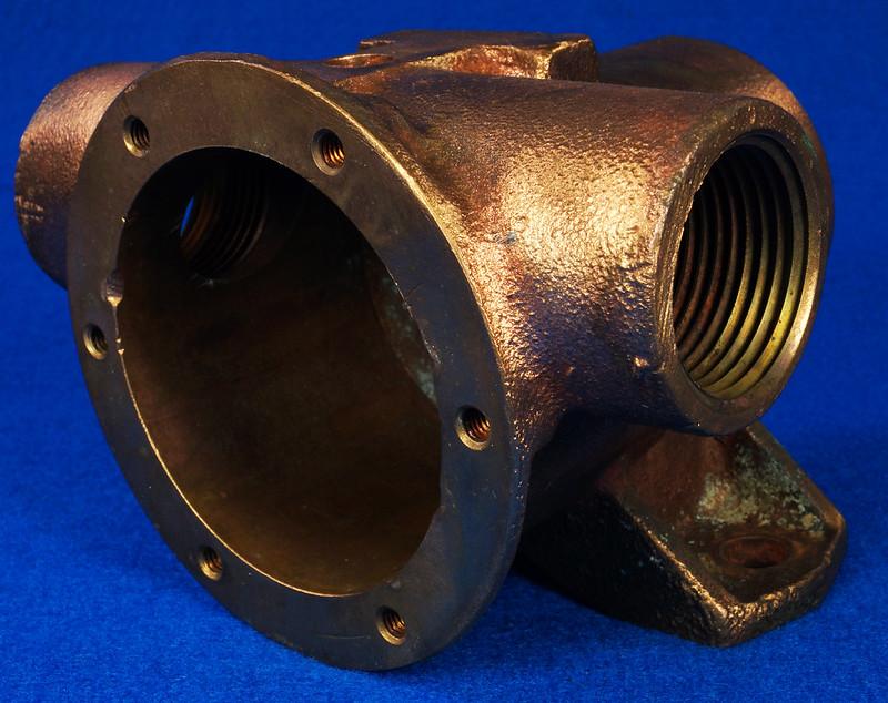 RD26699 Jabsco 2 inch Bronze Pedestal Pump Housing & Plate Only #18370-0000 DSC08795