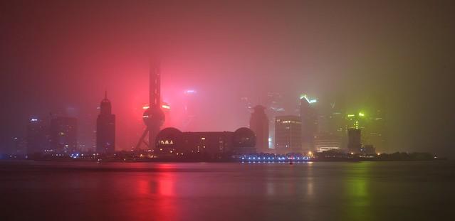 Shanghai - Glowing Fog