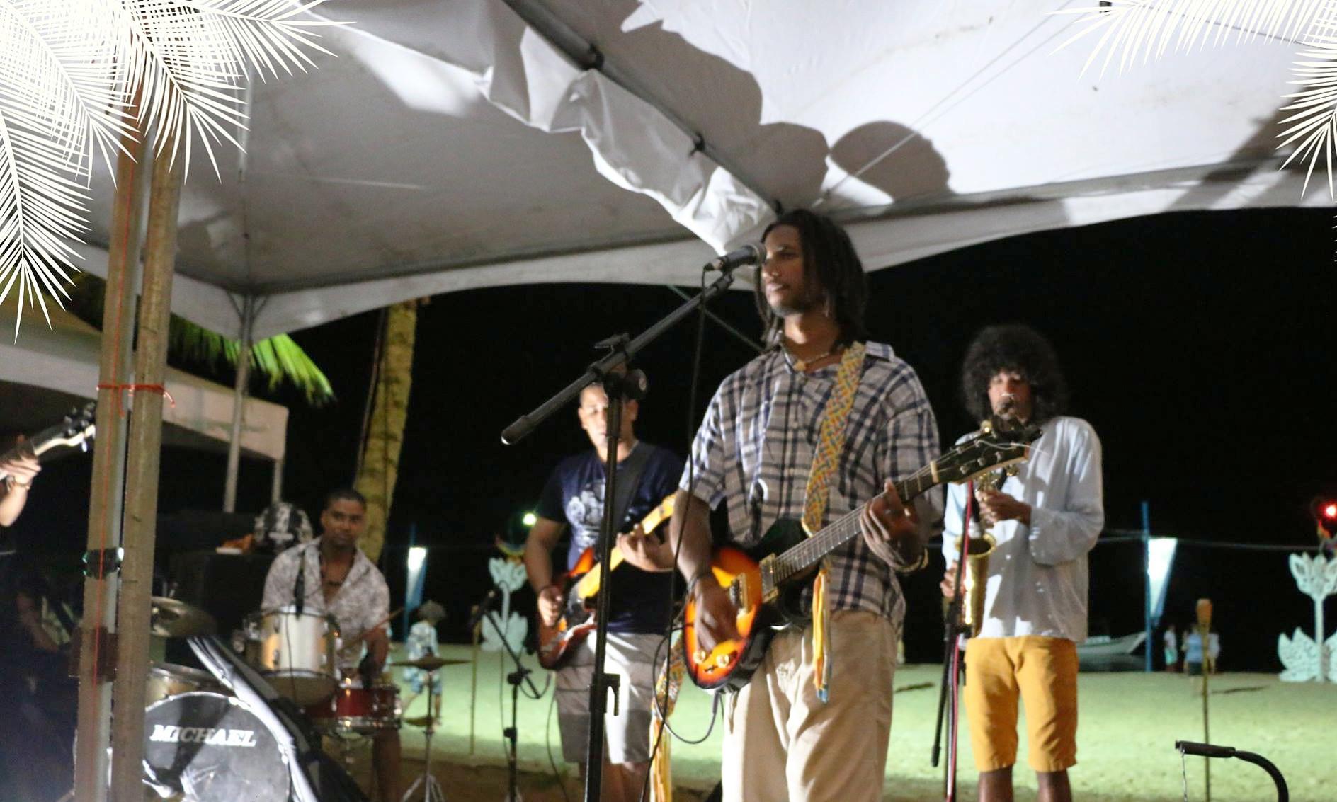 Luau com Ruy Galdino dá início às festas de final de ano em Caravelas (9)