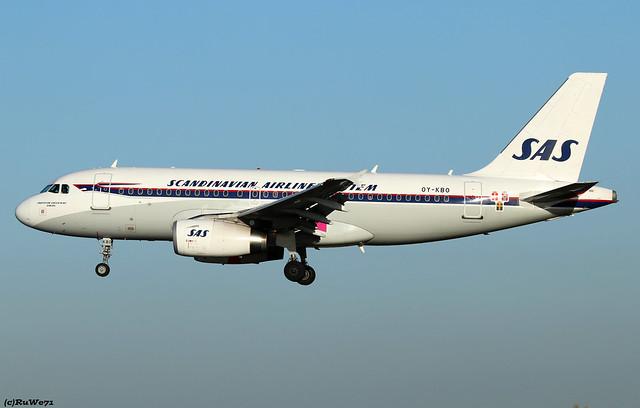 SAS Scandinavian Airlines Airbus A319-132 OY-KBO / BRU