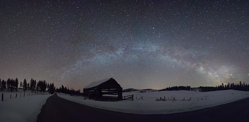 Milky Way over Wagon Wheel Barn   by Lori Jantz