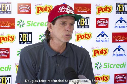 Sérgio Guedes, técnico da Portuguesa Santista | by Futebol Santista