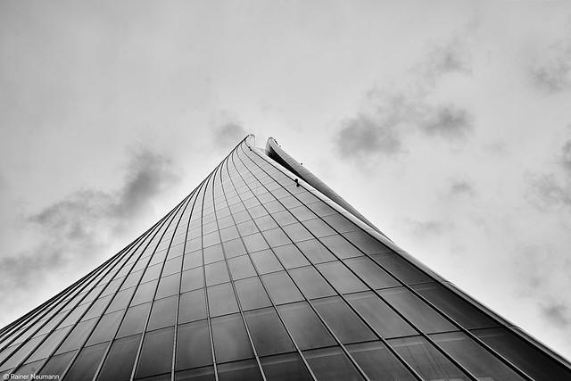 Mailand Torre Generali b&w