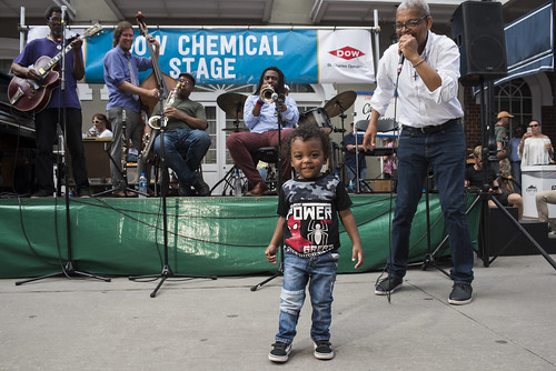 Lucian BarBarin sings with his grandchild Liam Barbarin during a Carl LeBlanc set at French Quarter Fest day 3 on April 13, 2019. Photo by Ryan Hodgson-Rigsbee RHRphoto.com