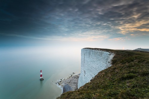beachyhead lighthouse sussex england uk southdowns sunset sea cliff clouds canon 80d sigma 1020mm leefilters longexposure littlestopper belletoutlighthouse