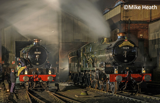 Castles on shed at night - Tyseley - 13 April 2018  (3)
