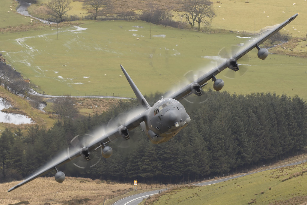 150) Holiday In Wales - Aircraft - Mach Loop - Cad East