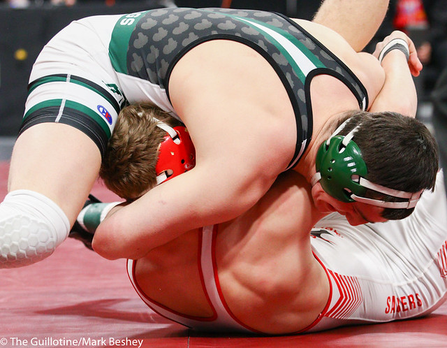 195AAA 3rd Place Match - Rowan Morgan (Mounds View) 37-4 won by fall over Joey Johnson (Shakopee) 37-8 (Fall 0:36) - 190302cmk0213