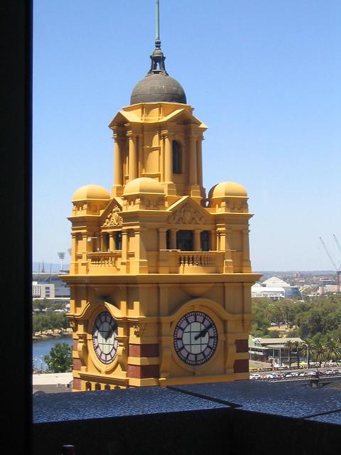 Tower of Flinders Street Station, January 2009