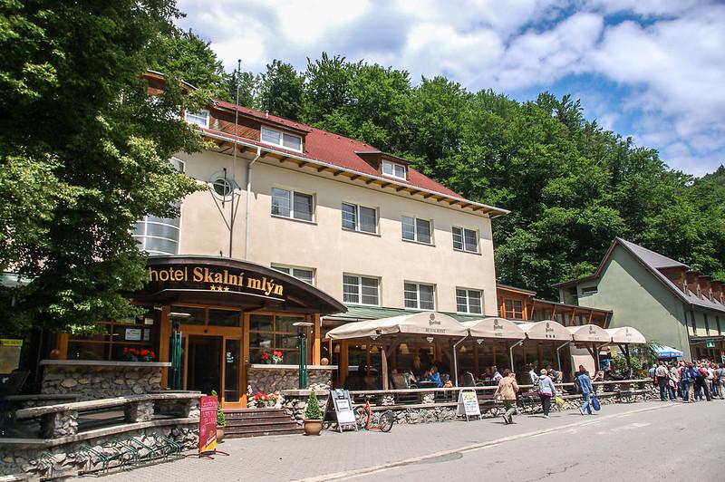 Rocky Mill Hotel 1