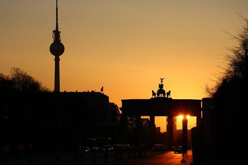 goldenestunde berlin goldenhour brandenburgertor canon deutschland pinky0173