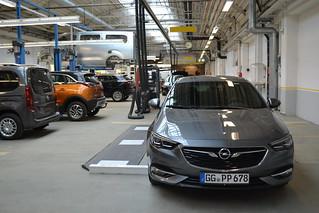 Kamera-Kalibrierung am Opel Insignia
