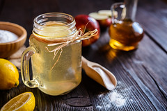 Apple cider vinegar, lemon and baking soda drink