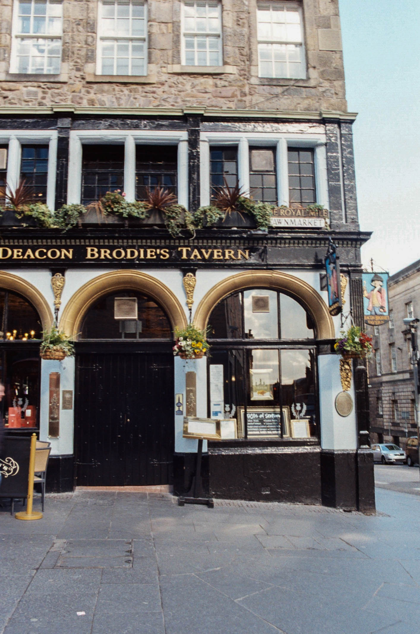 Deacon Brodie's pub, Edinburgh