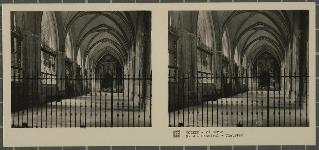 Claustro de la Catedral. Colección de fotografía estereoscópica Rellev © Ajuntament de Girona / Col·lecció Museu del Cinema - Tomàs Mallol