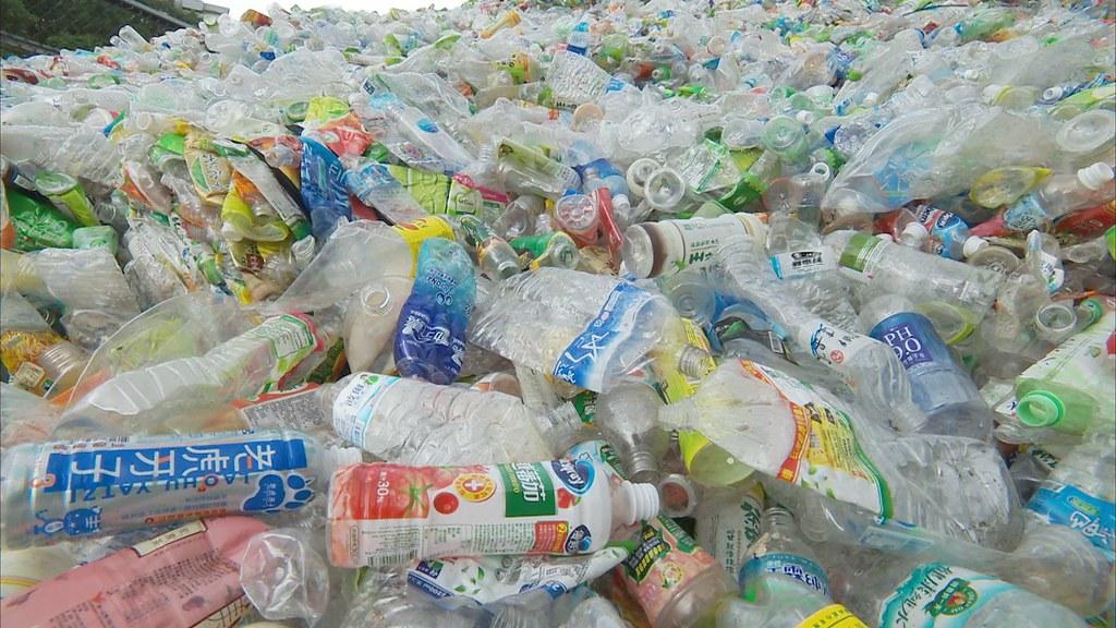 塑膠污染問題日益嚴重。圖片來源:公共電視節目【我們的島】。