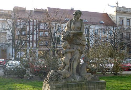 Statue der Flora
