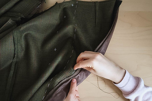 diy_юбка_меган_vikisews_button_front_pencil_skirt-28 | by Stacyco