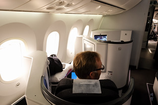 Window seats on the 787   by A. Wee