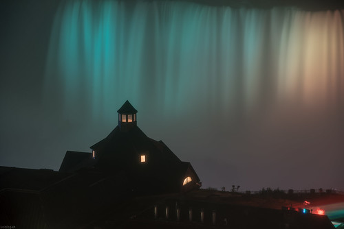 Niagara Falls Lightshow   by knipslog.de