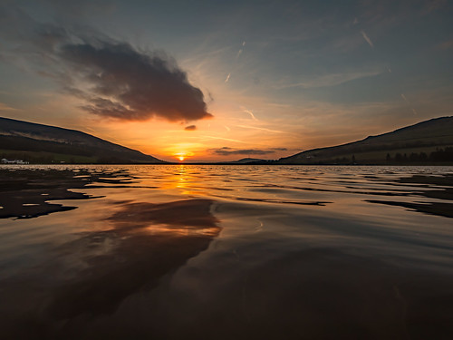 dovestones dovestonesreservoir chewvalley saddleworth rspb chewbrook pennine peakdistrictnationalpark peakdistrict craighannah 2019 march water reservoir sunset evening twilight clouds sky spring photography greatermanchester oldham westriding yorkshire landscape england uk
