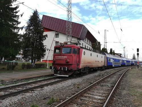 EA1 438 cu R3010 in Predeal (8.04.2019)   by Andrei.CFRbv