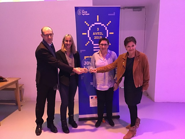 Journée Nationale de l'innovation (JNI), l'école de Pontiacq- Viellepinte (64) reçoit le 1er prix dans le domaine de « la consolidation des apprentissages fondamentaux »
