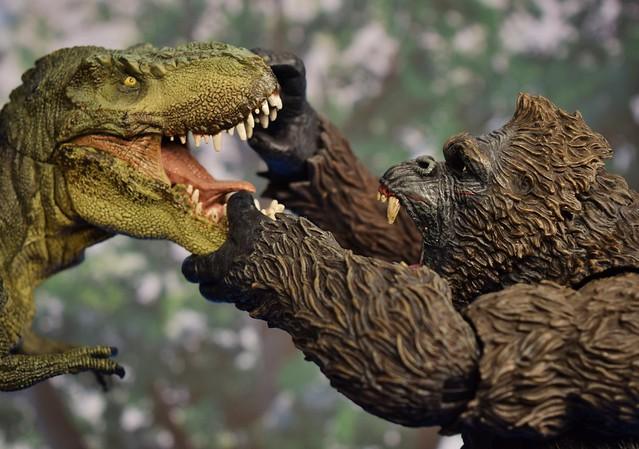 Mezco Kong battles Papo T-Rex!