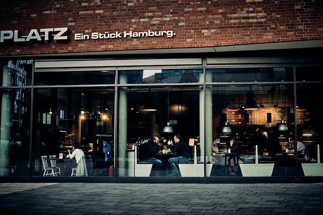 Ein Stück Hamburg. - or: Double thumbs up!