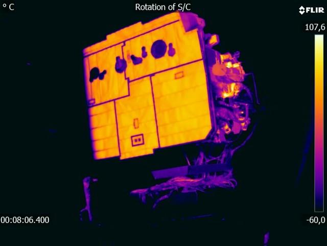 Solar Orbiter during thermal-vacuum tests