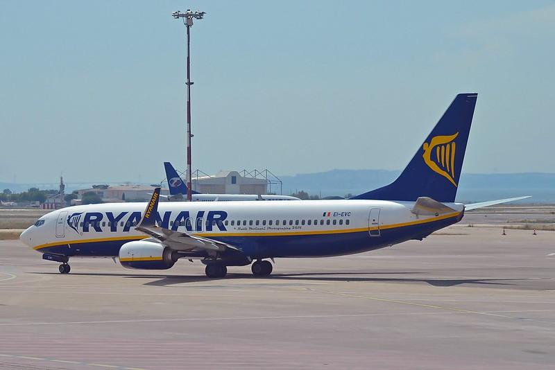 Ryanair EI-EVC Boeing 737-8AS Winglets cn/40286-3905 @ LFML / MRS 13-06-2014