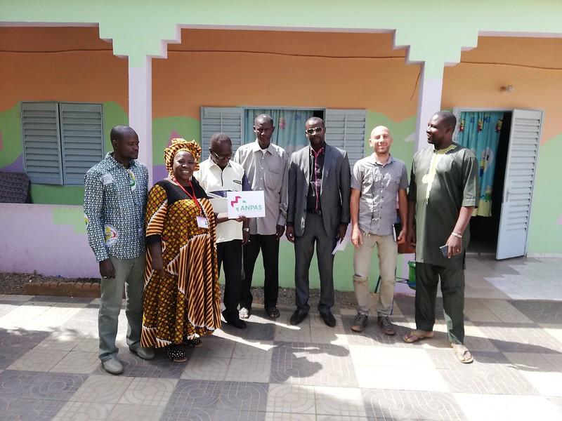 La visita delle autorità al progetto di ANPAS a sostegno dei bambini abbandonati in Mali