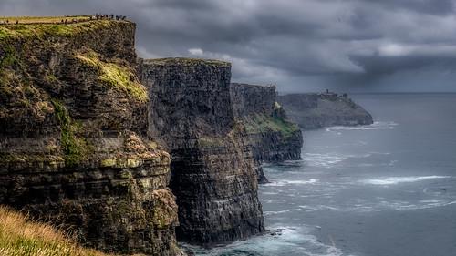 countyclare irland ie landscape cliffsofmoher cliffs rocks moher ocean sea clouds rain grass outdoor 169 nikon d800 aillteanmhothair