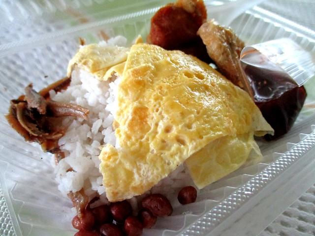 Nasi lemak Che'gu Joe