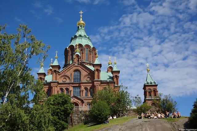 Ein Bild der Uspenski-Kathedrale Helsinkis (2.07.17)