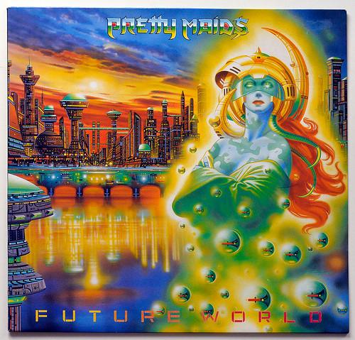 A0725 PRETTY MAIDS Future World   by vinylmeister
