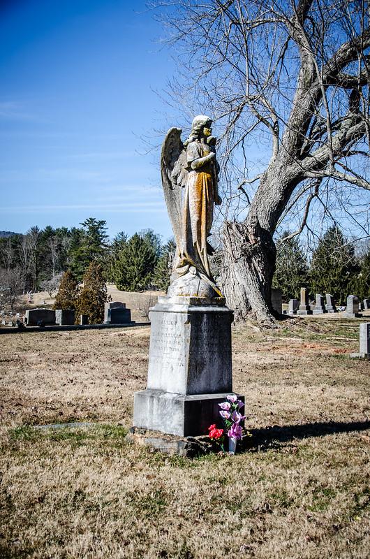 Norma Byerly Brank grave