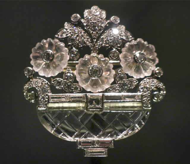 Brooch in the form of a bascket of flowers, 1930, USA, New York, Cartier, New York