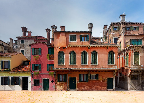 A Lesser Known Square in Venice | by Trey Ratcliff