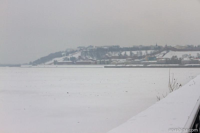 Вид со Стрелки на Нижегородский кремль, Нижний Новгород