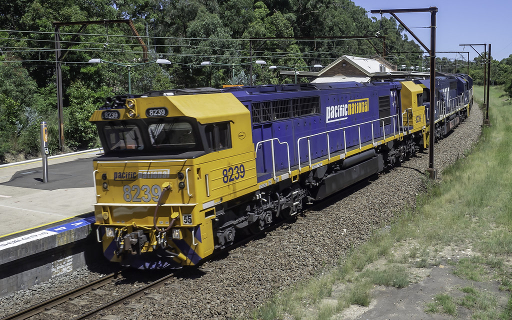 Pacific National loco 8239, with 8217 - 8245 - 8212, leading Coalie AR66