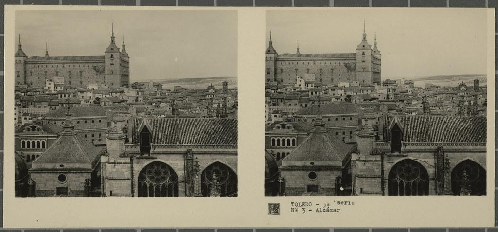Vista del Alcázar desde la Catedral. Colección de fotografía estereoscópica Rellev © Ajuntament de Girona / Col·lecció Museu del Cinema - Tomàs Mallol