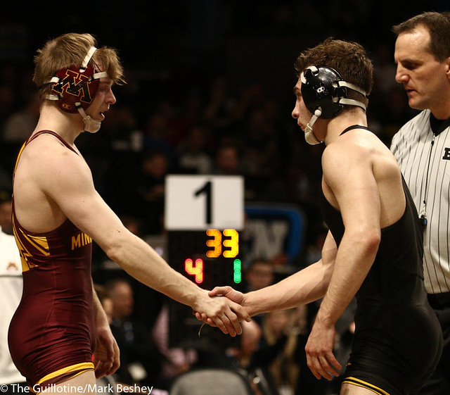 3rd Place Match - Ethan Lizak (Minnesota) 28-5 won by decision over Austin DeSanto (Iowa) 18-4 (Dec 6-2) - 190310dmk0064