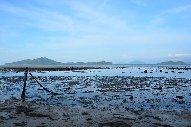 Low tide on east coast of Ko Phayam (Thailand 2018)