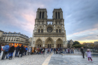 Crowds in Front of Notre Dame | by Decaseconds