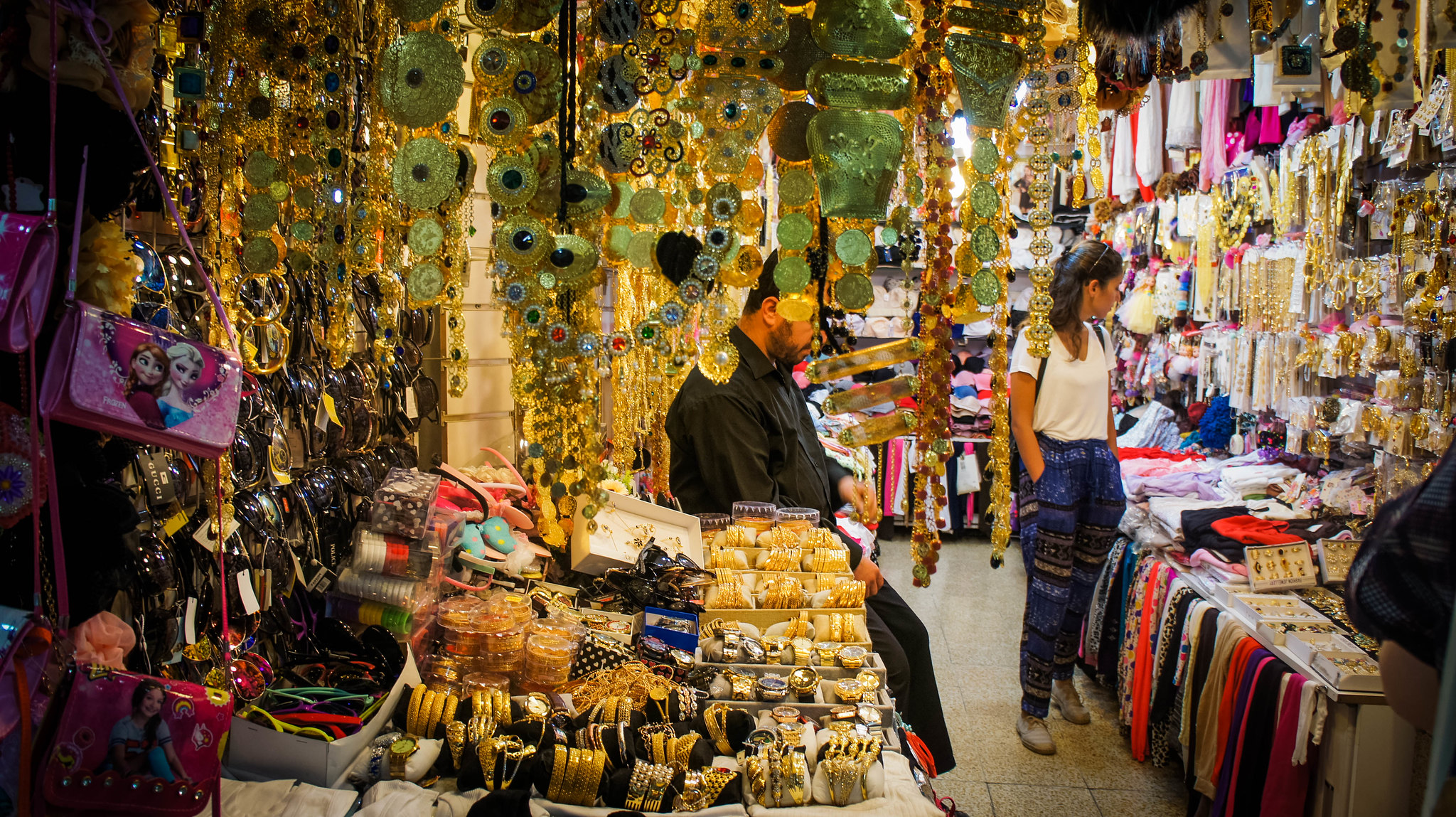 Jewellery in Langa bazaar
