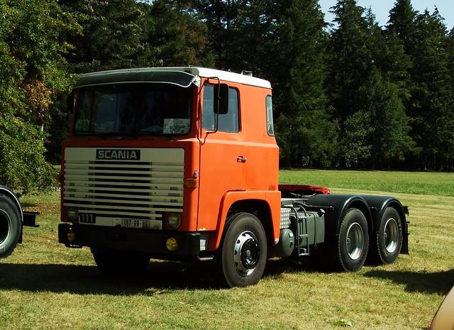 Scania 111 Richelieu (37 Indre et Loire) 02-09-18a