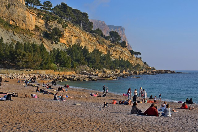 Cassis / Beach in winter