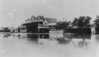 Scott's Hotel in Winton during the 1922 floods