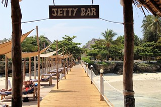 Reef & Beach Resort Jetty bar | by Paradise & Wilderness